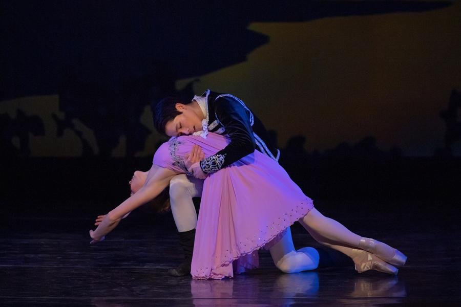 two ballet dancers performing nutcracker